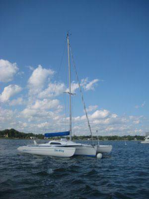 Sails on - at the mooring